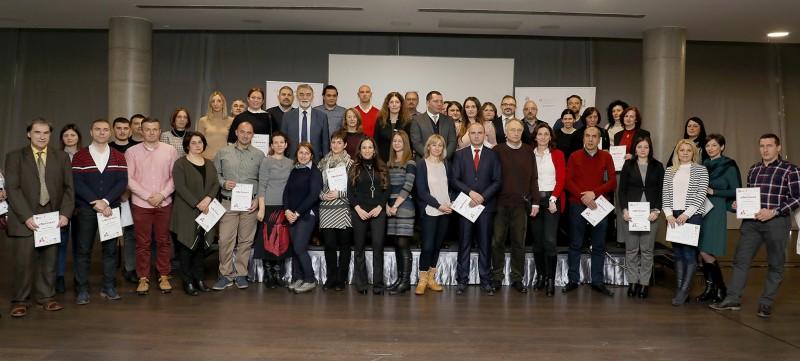 146 представника локалних самоуправа успешно завршило е-обуку о добром управљању