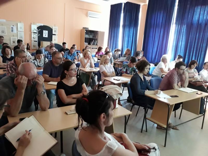 Calls presentation in Niš
